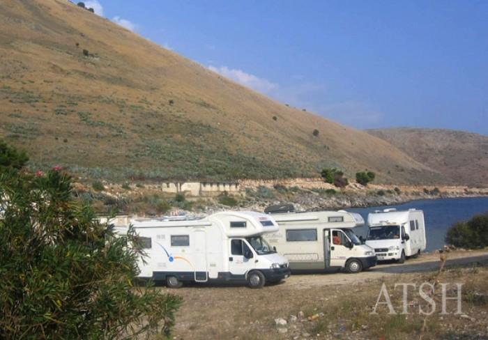 Vlorë, nis turizmi me kampera - bregdeti shqiptar në vëmendjen e të huajve