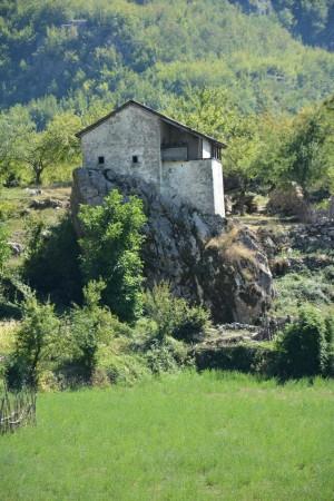 Nga Dhërmiu në Theth - një aventurë malësore me lebër