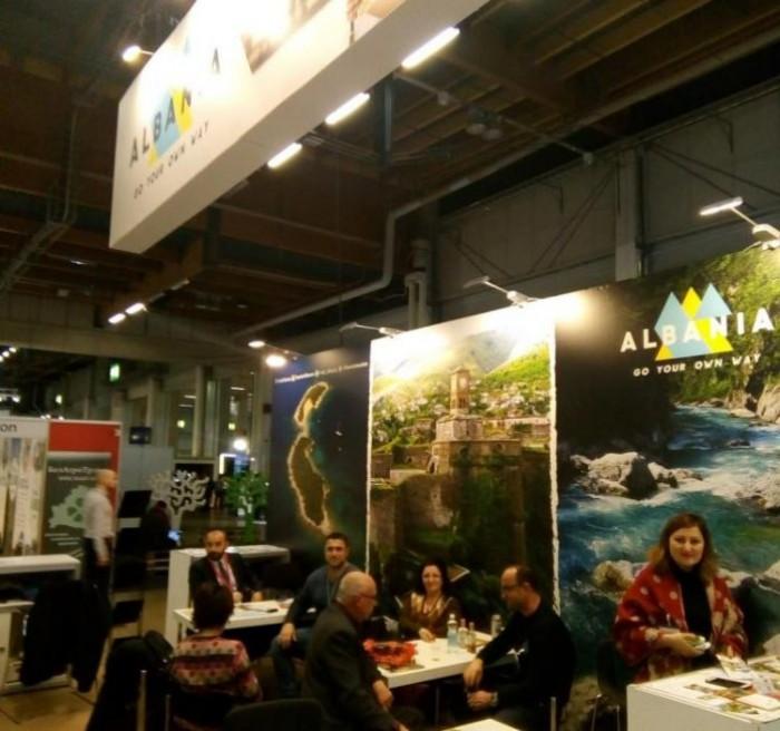 FOTO/ Shqipëria zgjon interesin e vizitorëve në panairin e Turizmit në Helsinki