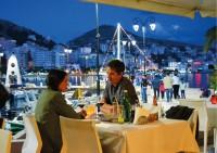 Shqiptarët po mbajnë peng cilësinë e shërbimit turistik