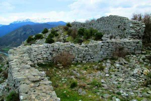 Gjysma e mrekullueshme e 14 kilometrave drejt Kalasë së Drishtit